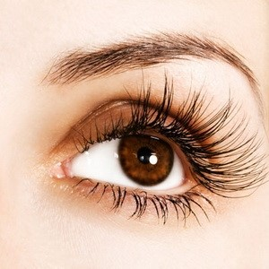 Natural-Remedies-for-Getting-Longer-Lashes1