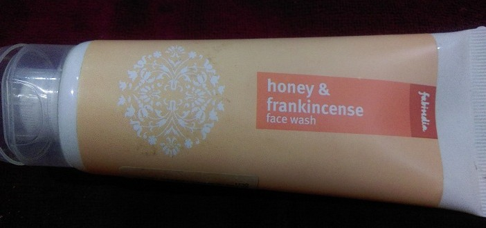 Fabindia Honey and Frankincense Face Wash