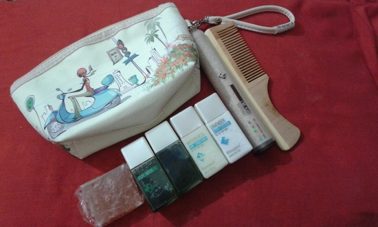 The Nature's Co Travel Kit