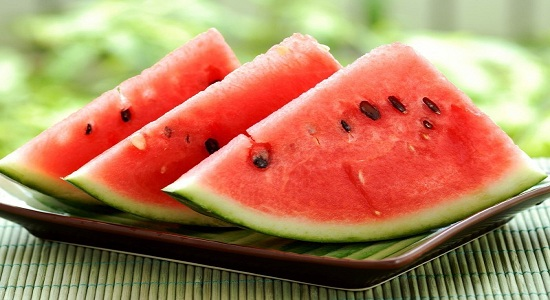 5 Amazing Benefits of Watermelon for Skin and Body