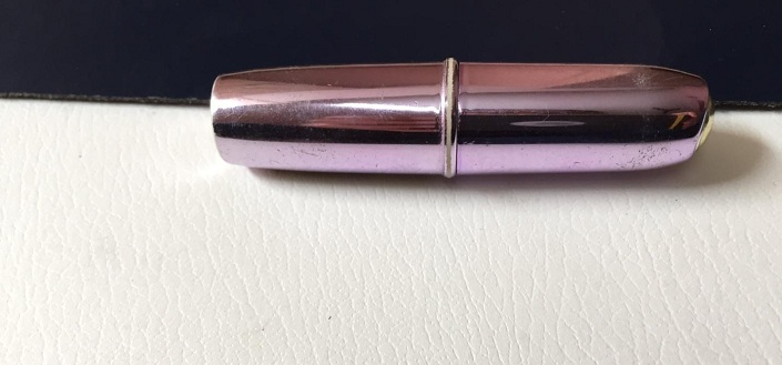 VOV Metallic Lipstick Long Stay V22 Reviews