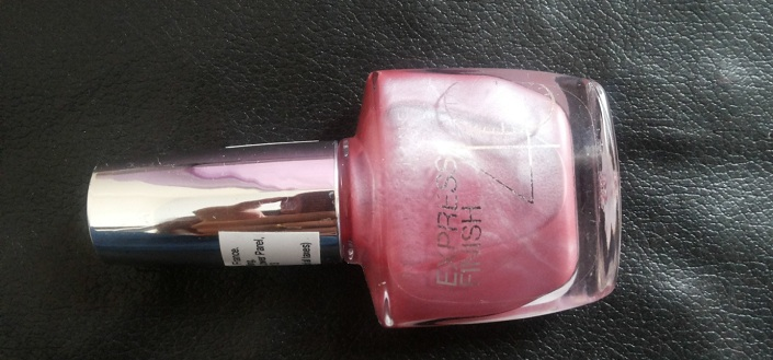 Maybelline New York Express Finish 40 Nail Enamel Shade Violet Doux 225 Review