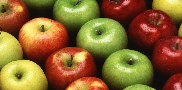 Top 10 Benefits of Eating Apples